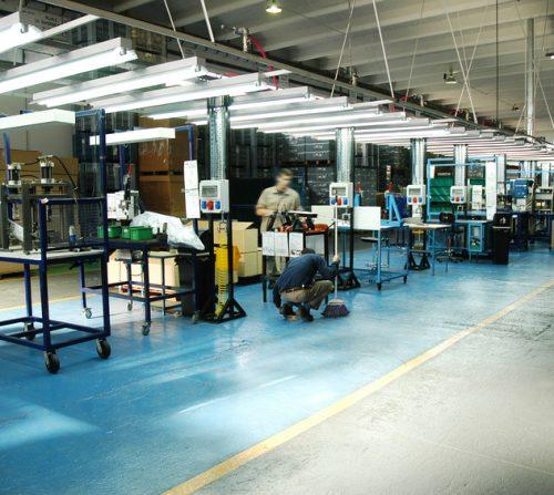 Internes Benchmarking für ein Industriegebäude